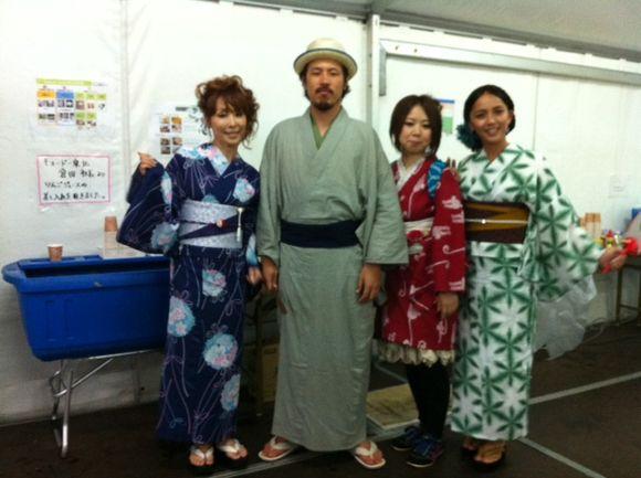 image from http://kyoko.weblogs.jp/.a/6a0120a68548c1970b0176170a123e970c-pi